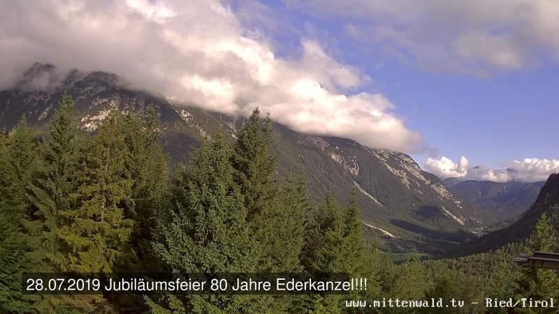 Blick von der Ederkanzel auf den Karwendel und das obere Isartal bis Scharnitz