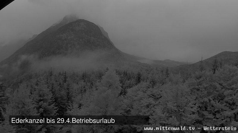 Webcam mit Blick Richtung Wetterstein und Elmau