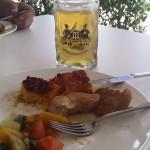 Bier der Mittenwalder Brauerei im Pressezentrum des G7 Gipfels