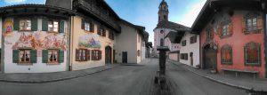 Kirche, Ballenhausgasse und Geigenbaumuseum