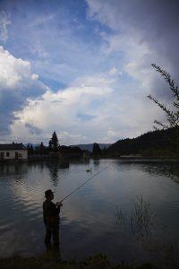 Angler an der Isar