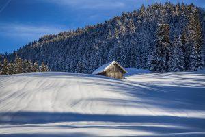 Stadel im Schnee