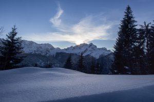 Verschneiter Blick auf die Alpspitze